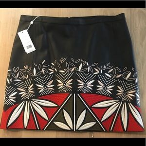 NWT Size 10 Navy LEATHER Tory Burch skirt.